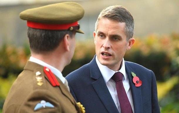 Британська прем єрка призначила нового міністра оборони