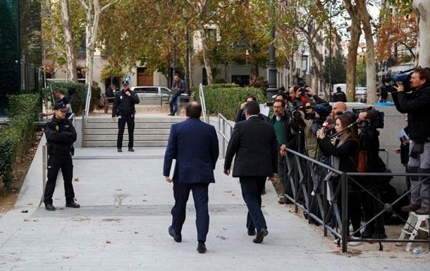 Іспанія хоче заарештувати всіх лідерів Каталонії