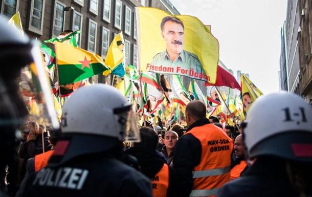На демонстрації курдів у Дюссельдорфі постраждали 15 поліцейських