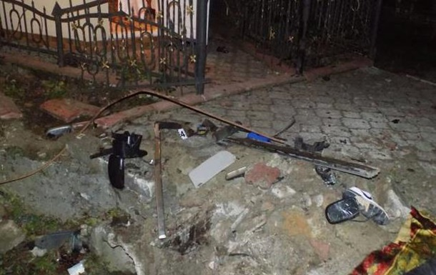 На Львівщині Opel з їхав у кювет: двоє загиблих, п ятеро постраждалих