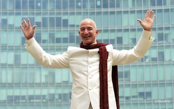 Засновник Amazon продав мільйон акцій компанії