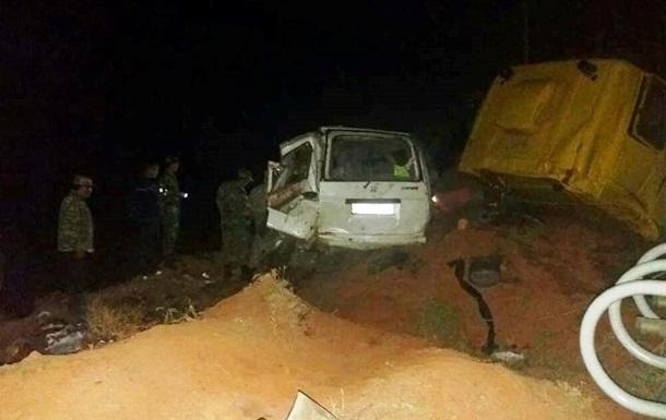 У Киргизії в ДТП за участю газовоза загинули 10 осіб