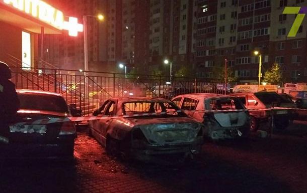 В Одесі за ніч згоріли близько 20 машин
