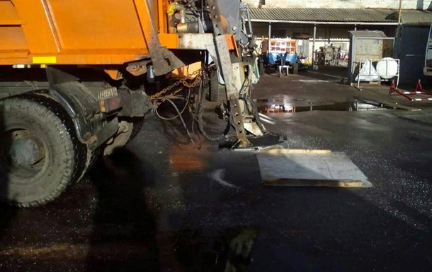 У Києві 7 листопада обмежено рух на двох мостах