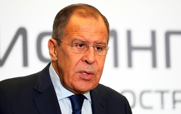 Лавров назвав блюзнірством осквернення Вічного вогню в Києві