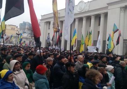 У Києві відкрили монумент Героям України
