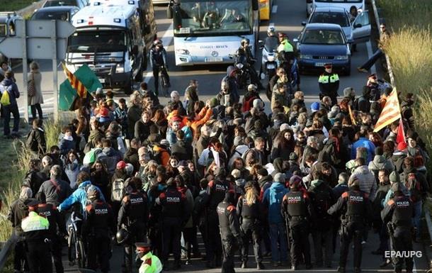 В Каталонии начались массовые акции протеста