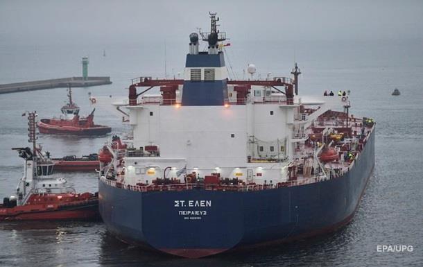 США вперше доставили нафту до Польщі