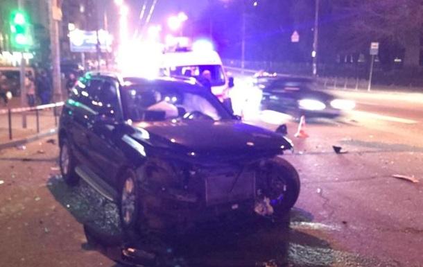 Водій Uber у Києві розбив п ять авто, є постраждалі