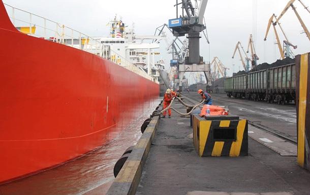 В Україну прибуло чергове судно з американським вугіллям
