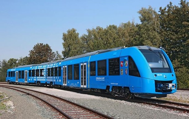 Германия запускает поезда на водородном топливе
