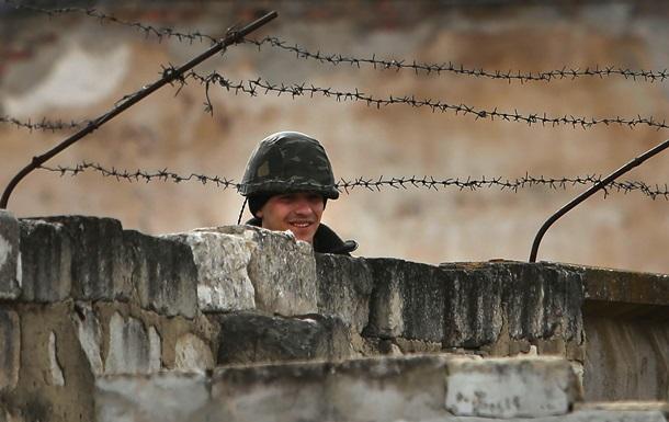 Турчинов: РФ стягивает к границе  миротворцев