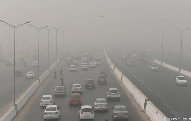 United Airlines призупинила рейси до Нью-Делі через брудне повітря