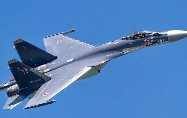 У границ Латвии зафиксировали российские Су-27