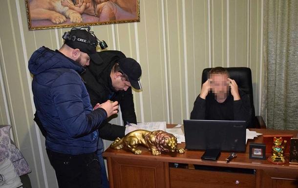 МВС: У Миколаєві вчитель організував канал продажу українок за кордон