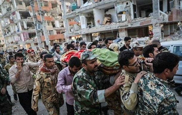 Кількість жертв землетрусу в Ірані досягла 445 осіб