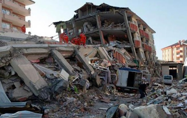 Землетрясение в Иране: количество жертв превысило 500 человек