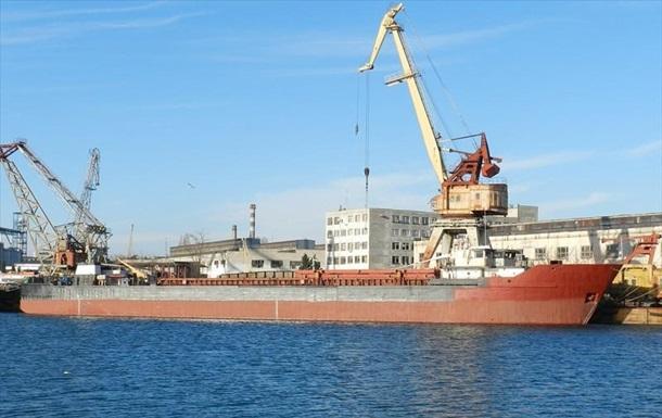У Керченській протоці судновласник залишив корабель