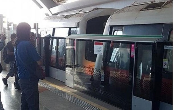 В Сингапуре 23 человека пострадали из-за столкновения поездов