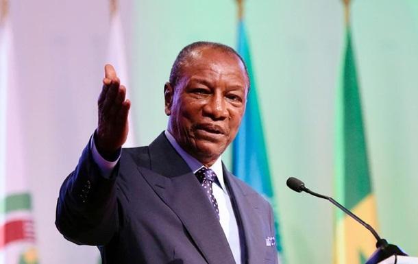 В Африканському Союзі закликали військових Зімбабве повернутися в казарми