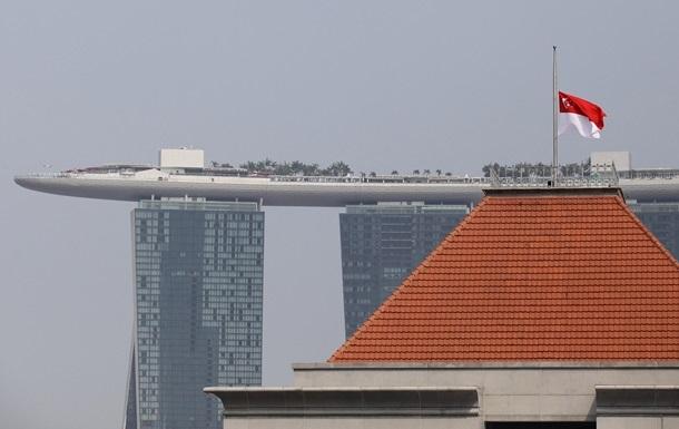 Сінгапур призупинив торговельні відносини з КНДР