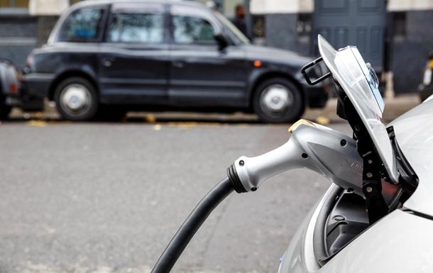 Стало известно, сколько в Украине электромобилей