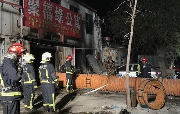 Около 20 человек погибли при пожаре встолице Китая