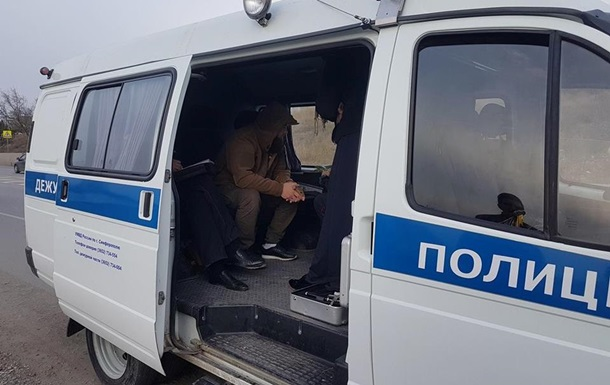 У Криму затримали кримськотатарського активіста