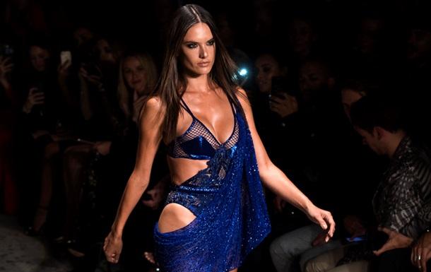 Алессандра Амбросио покидает Victoria s Secret