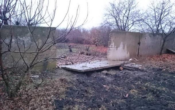 В Кривом Роге подросток погиб под бетонной плитой забора