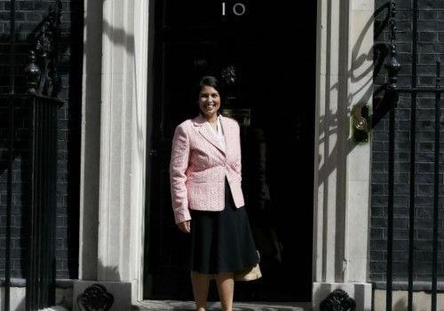 Скандал в Великобритании: что стоит за отставкой министров