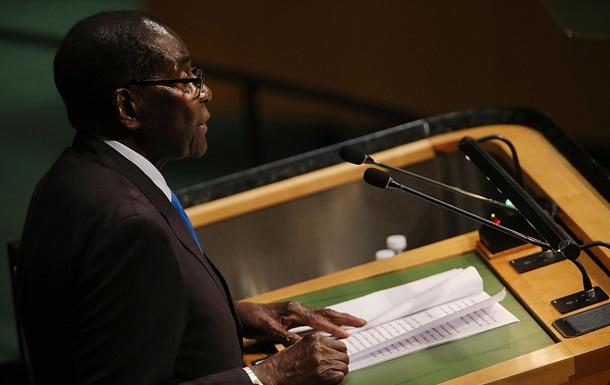 У Зімбабве запустили процедуру імпічменту президента
