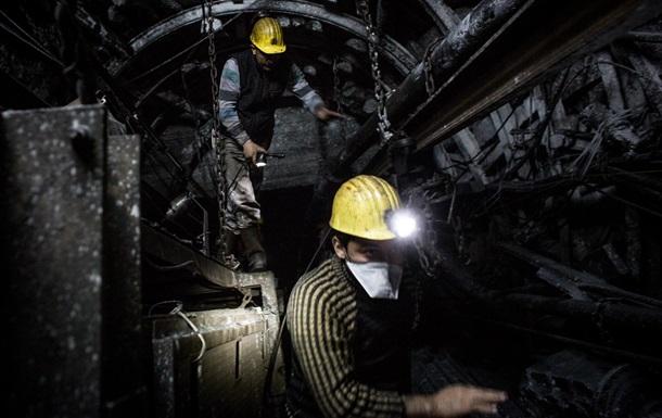 СМИ: Россия наращивает контрабанду угля с Донбасса