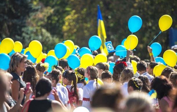 Опрос: Украинцев больше всего волнуют война и рост цен