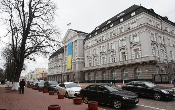 СБУ получила право арестовывать имущество в Крыму