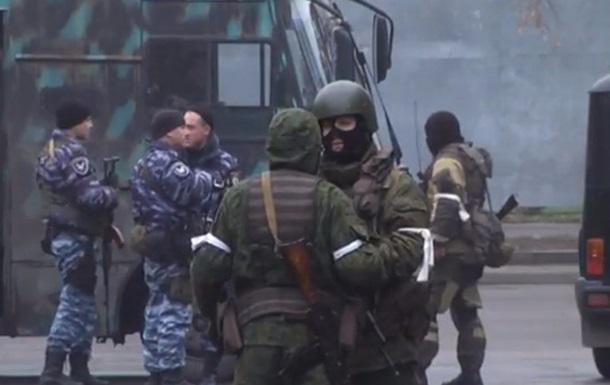 Переворот в Луганске: две версии происходящего