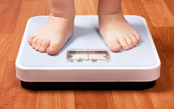 Педиатры назвали главную причину детского ожирения