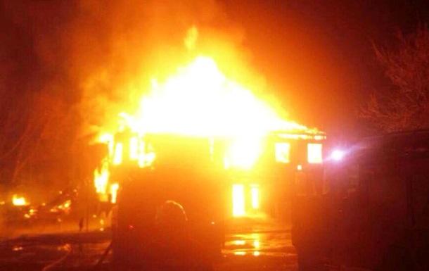 У Київській області згоріли два багатоквартирних будинки