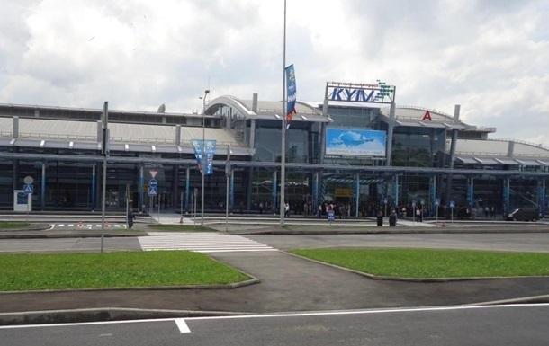 В аэропорту Киев эвакуация из-за  минирования