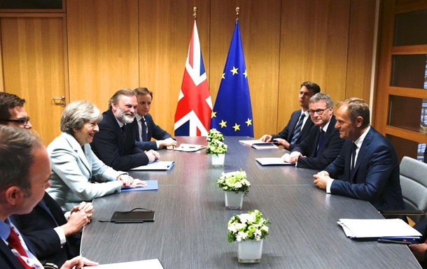 Туск обязал Британию за 10 дней прояснить позицию по Brexit