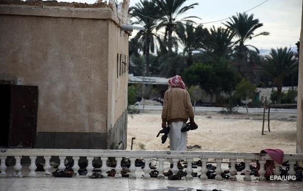Прокуратура Єгипту: Теракт у мечеті скоїли бойовики з прапорами ІДІЛ
