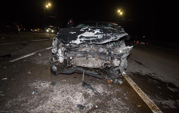 В Днепре разбились три машины