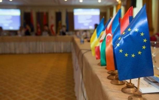 Итоги недели: саммит Восточного партнерства и провал Меркель в Германии
