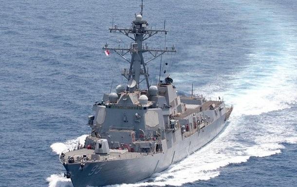 Эсминец США сракетами «Томагавк» вошел вЧерное море