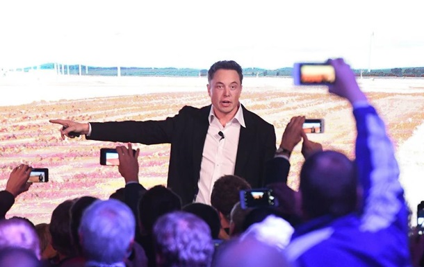 Екс-співробітник SpaceX: за створенням біткоїна стоїть Ілон Маск