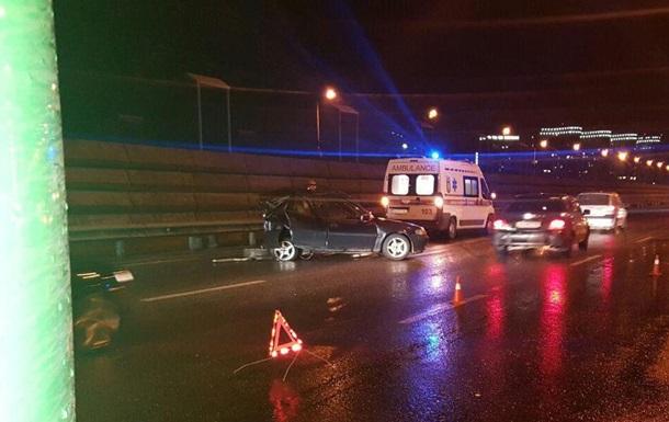 Два человека погибли в ДТП на Южном мосту в Киеве