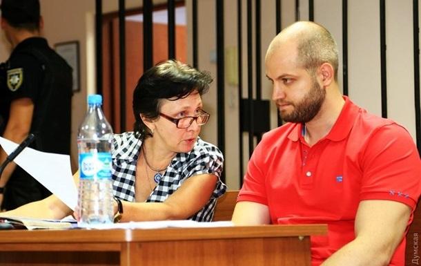 Дело 2 мая: суд оставил в силе арест Долженкова
