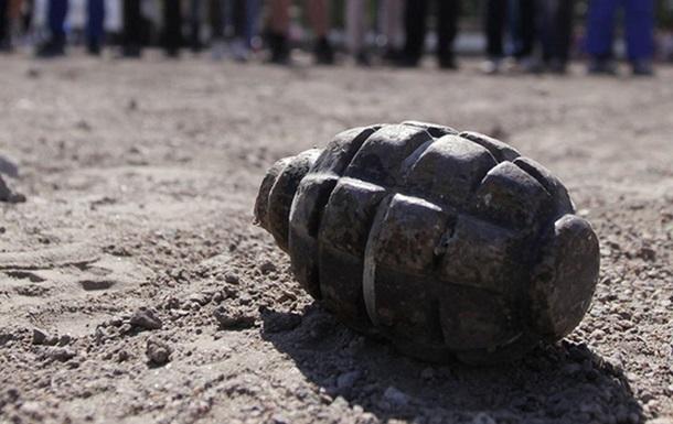 В Бердянске при взрыве гранаты погиб военный