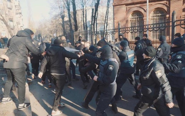 В Харькове активисты разгромили съемочную площадку