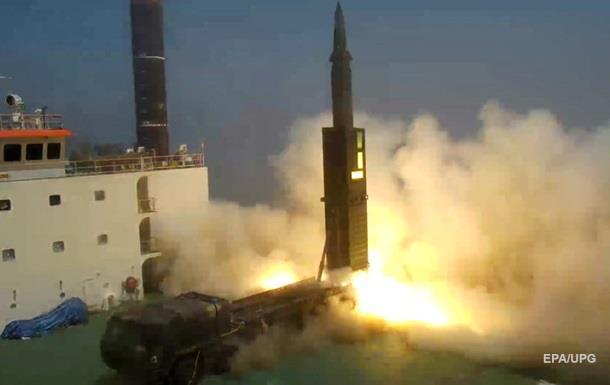 Південна Корея випробувала ракети у відповідь на пуск КНДР